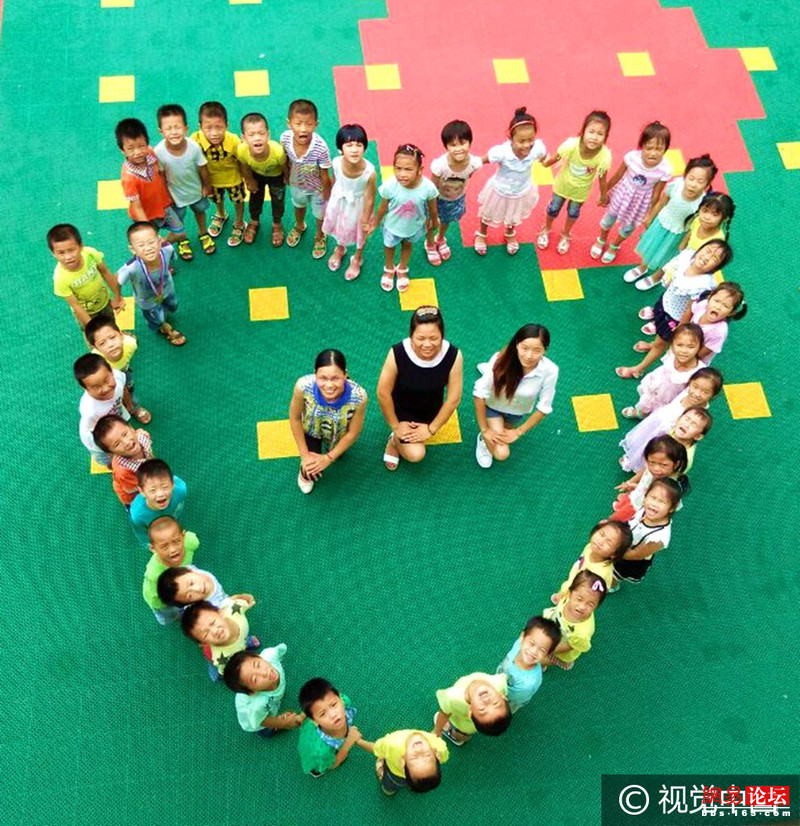 乡村幼儿园拍创意毕业照留童趣