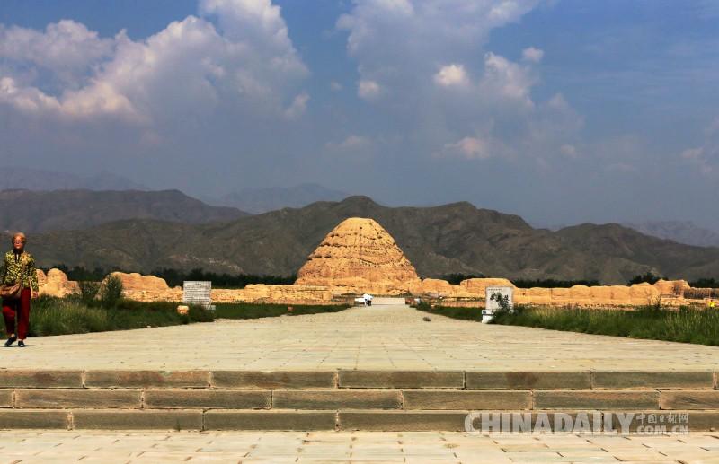 东方金字塔:神秘的西夏王陵