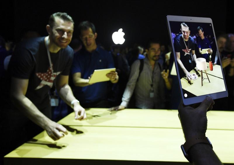 苹果更新操作系统 发布智能音箱新硬件图片